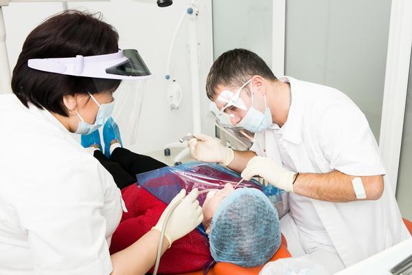 Стоматология московский дантист